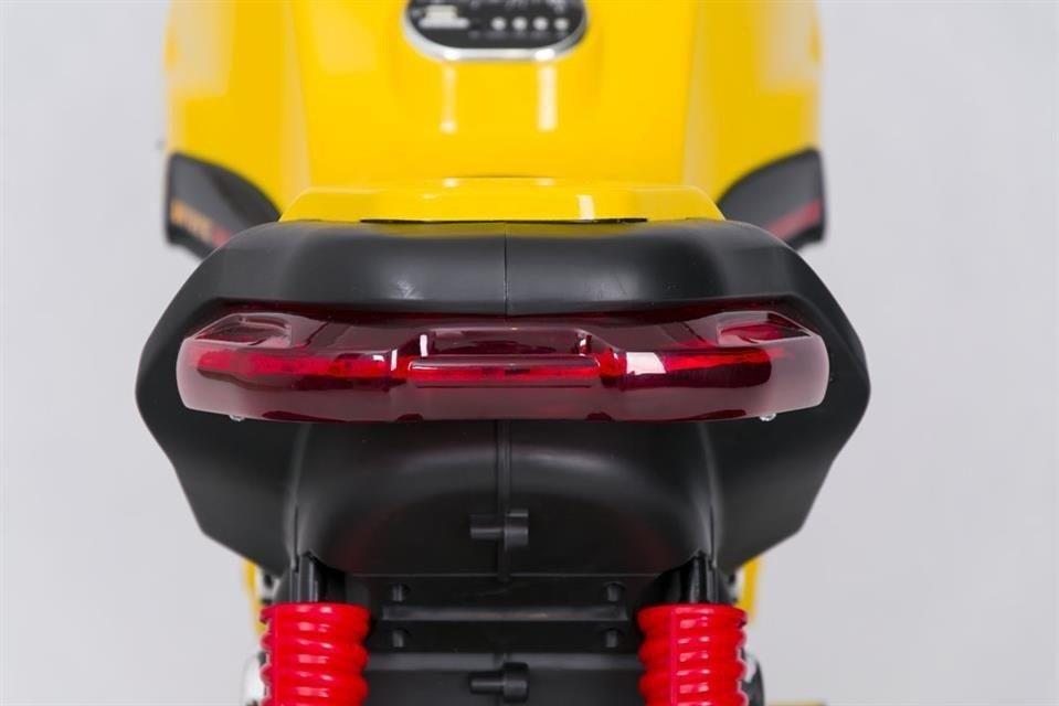 motor dla dzieci akumulator trójkołowy żółty